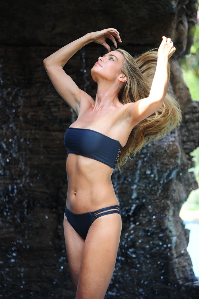 denise richards hot picture