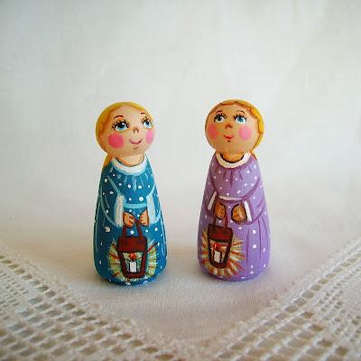 Anioł Aniołek Boże Narodzenie Bożonarodzeniowy Świąteczny Gwiazdka malowana figurka statuetka ozdoba dekoracja