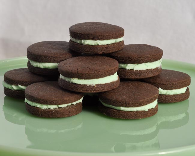 Mint chocolate sandwich cookies recipe