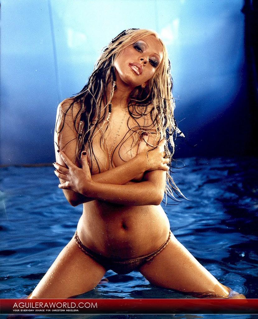 Photo girls christina aguilera topless photoshoot video uncensored
