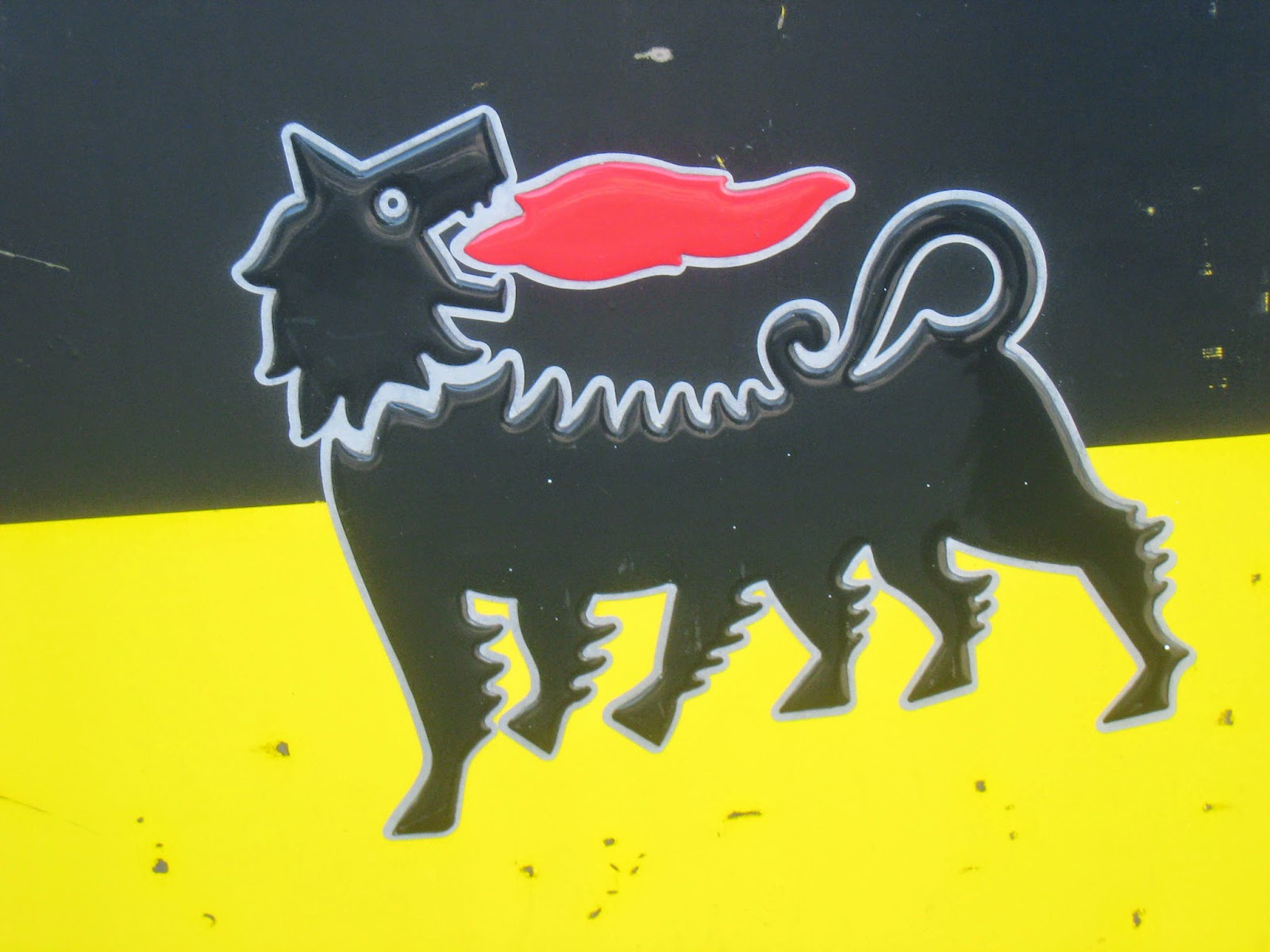 Rome The Second Time The 6 Legged Dog The Story Of Enis Famous Logo