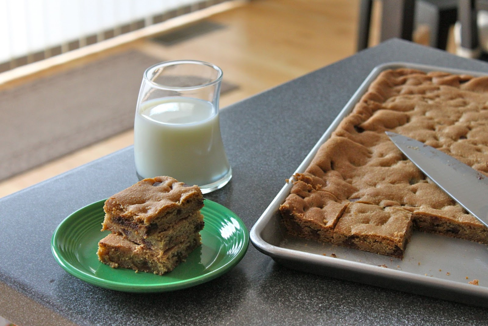 Baked Perfection: Chocolate Chip Cookies Bars