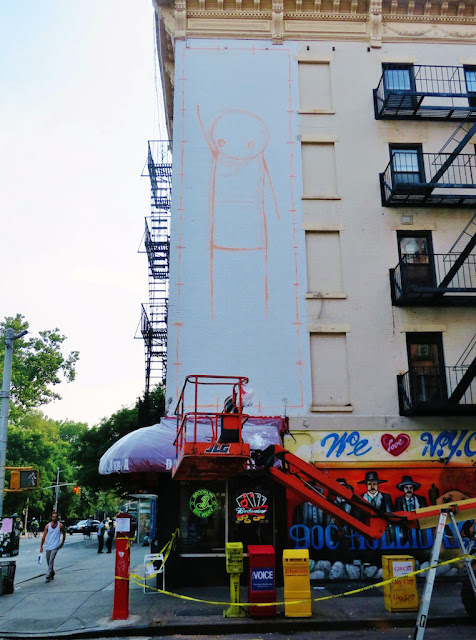 Street Art By British Artist Stik In New York City, USA. 4
