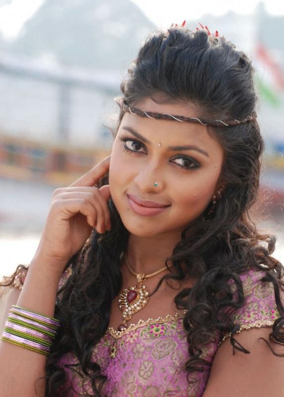 Amala Paul In Vettai Tamil Movie Hot Photos Latest Stills gallery pictures
