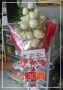 Hand Bouquet Semarang