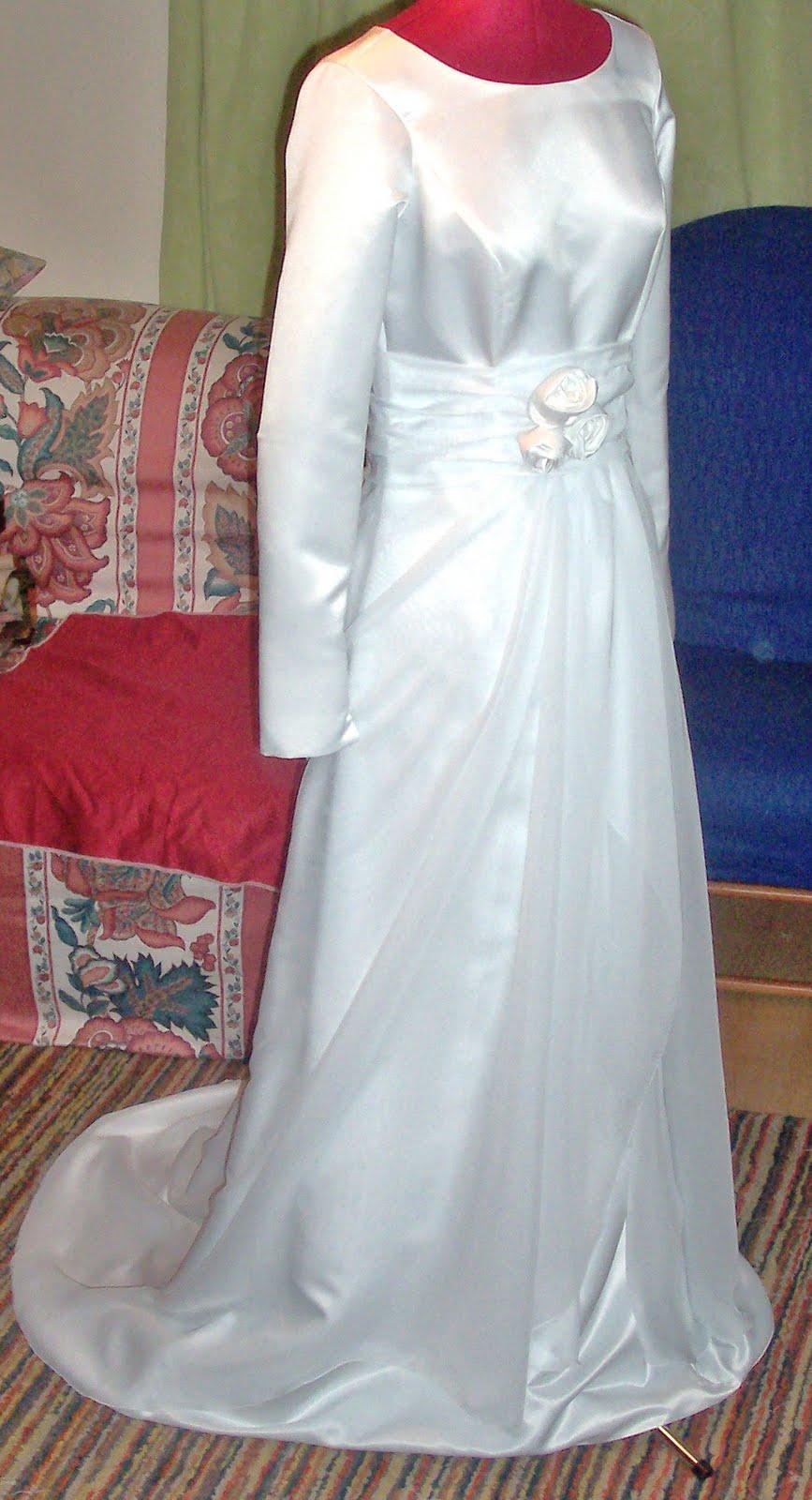 Zelie\'s Roses : Second Official Wedding Dress!