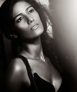Poonam-Pandey-Latest-Picture-shoot-Pictures-1154.jpg