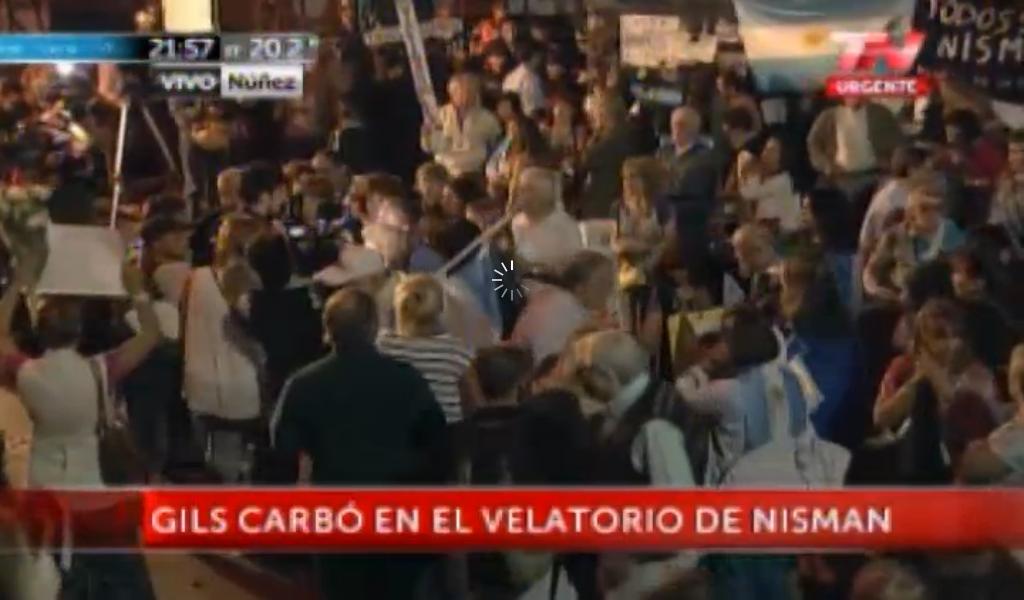 Velorio del Fiscal Nisman. La Cruz Blanca de Red Amparo.