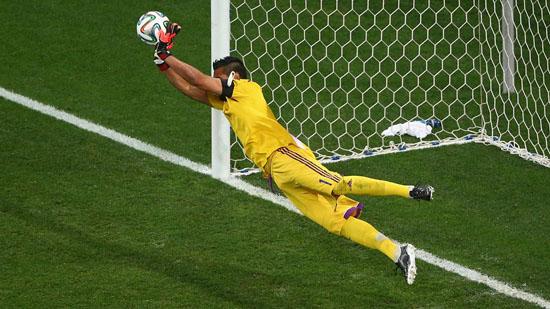 Argentina Menang Sepakan Penalti Separuh Akhir FIFA 2014