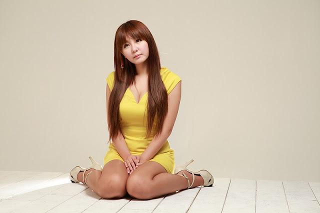Ryu Ji Hye in Yellow Dress