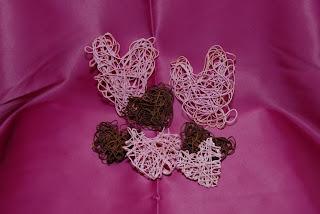 serce, serduszko, zawieszka, ozdoba, walentynki, miłość, sznurek, heart, heart, pendant, decoration, valentines, love, string,