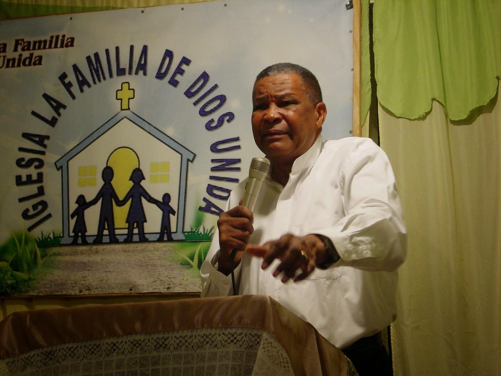 Pastor:  Adriano  Perez