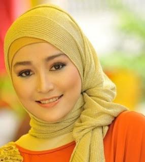 Tips Hijab untuk wajah bulat