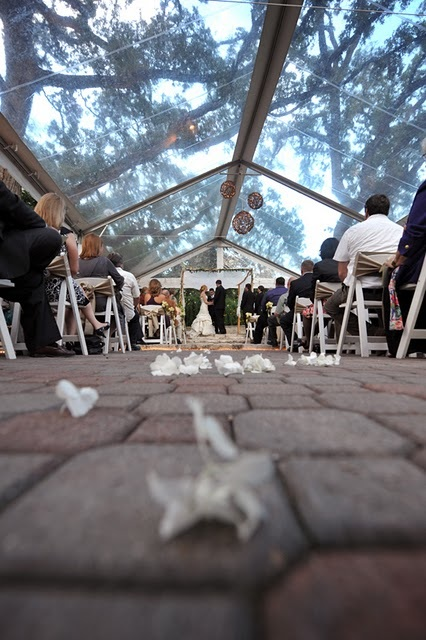 Outdoor Weddings Are A Must-Have In 2011
