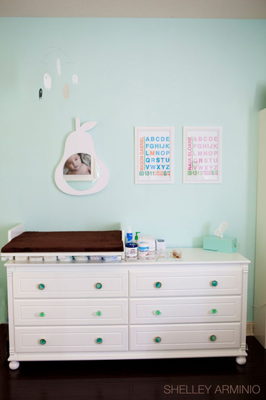 Belle Maison Reader Room Design A Chic Nursery For Twins