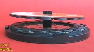 levitación discos compactos por magnetismo de imanes