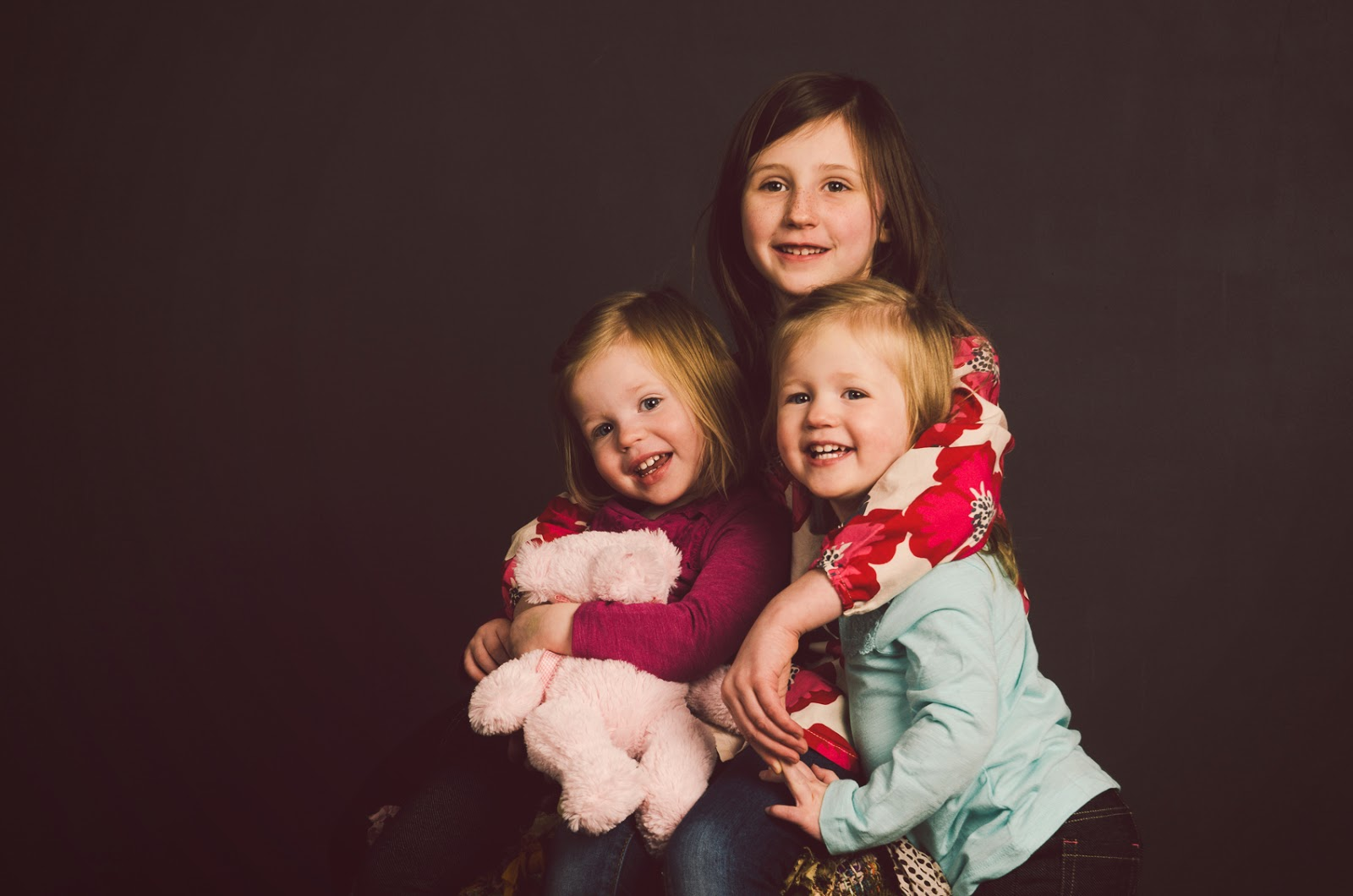 indianapolis photography studio provides fun, high end family portraits