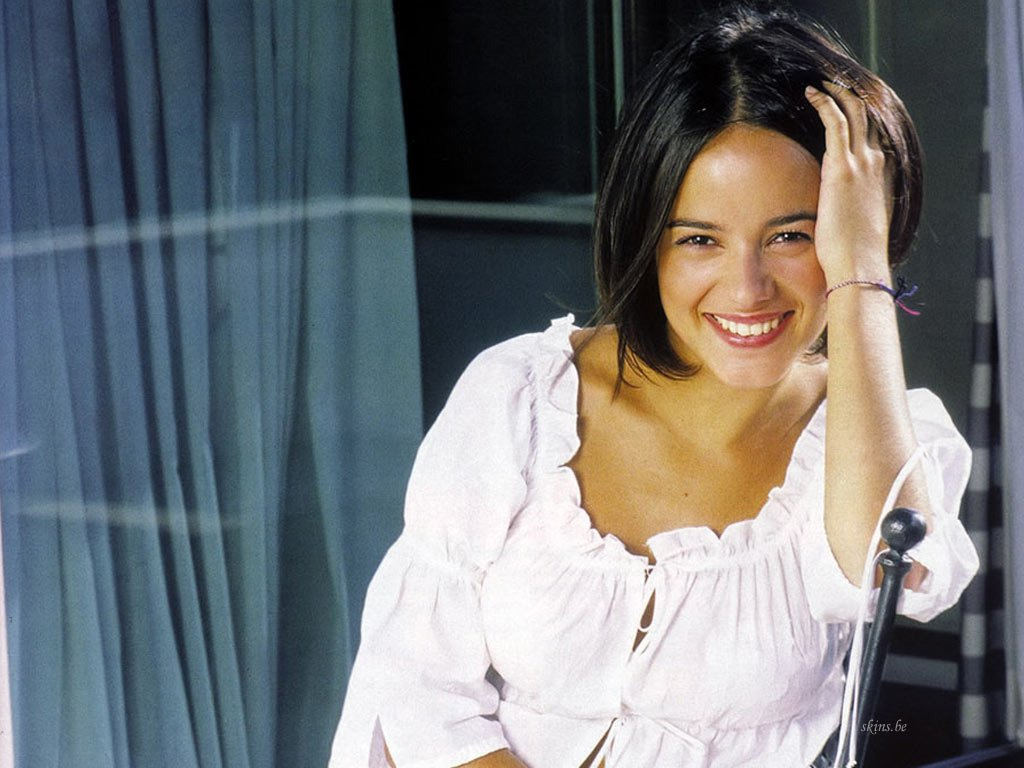 Alizee Style In