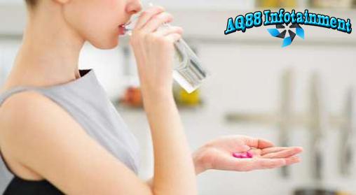 Tak sedikit orang minum vitamin setiap hari tanpa konsultasi dengan dokter terlebih dahulu. Hati-hati, kebiasaan ini dapat timbulkan risiko buruk bagi tubuh.