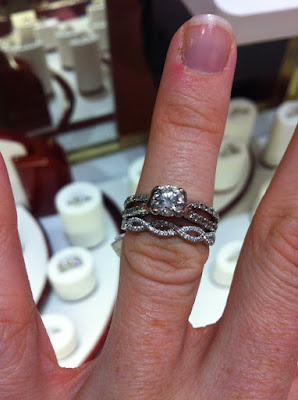 The Doeblerghini Bunch:  Wedding Band Shopping (Hers)