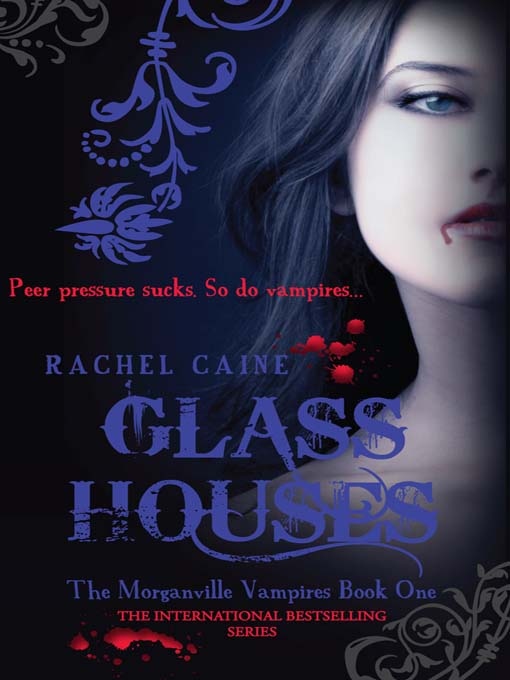 Little shelf review glass houses the morganville vampire series book one - Glass house show ...