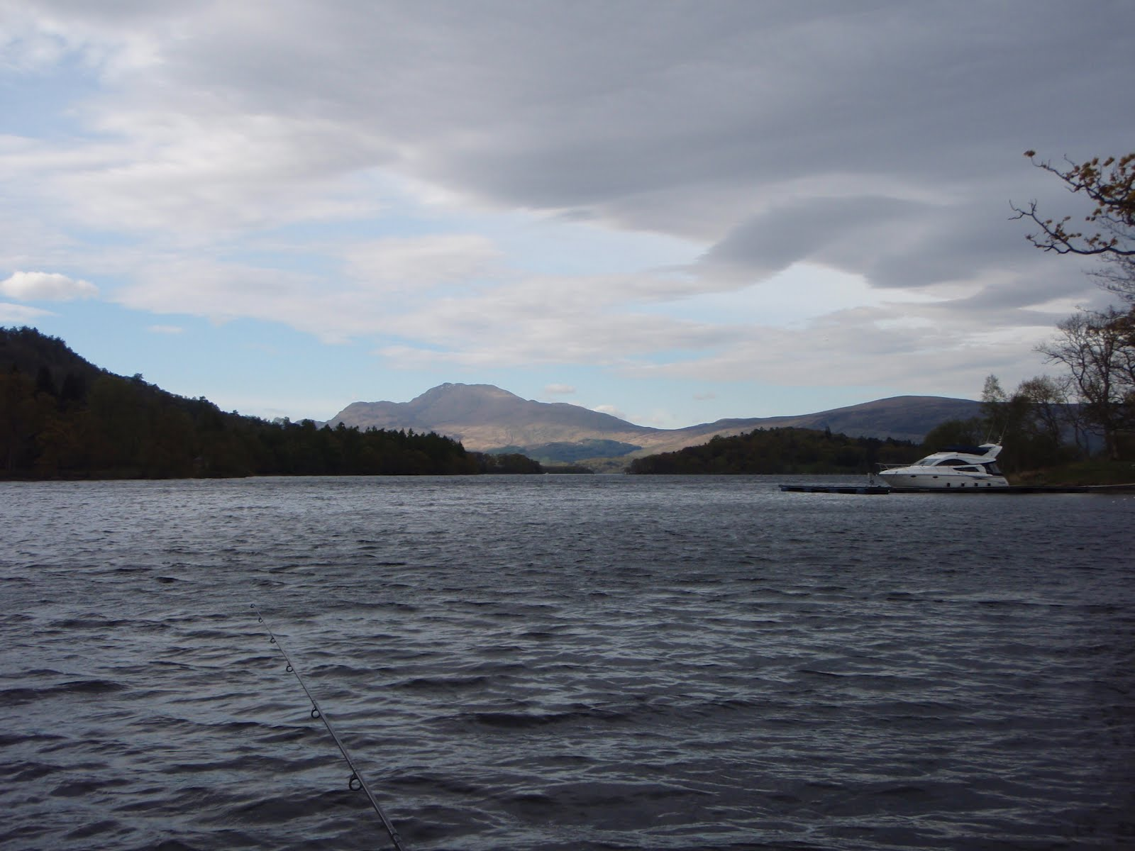 Scottish fishing guide loch lomond scottish fishing guide for Loch lomond fishing