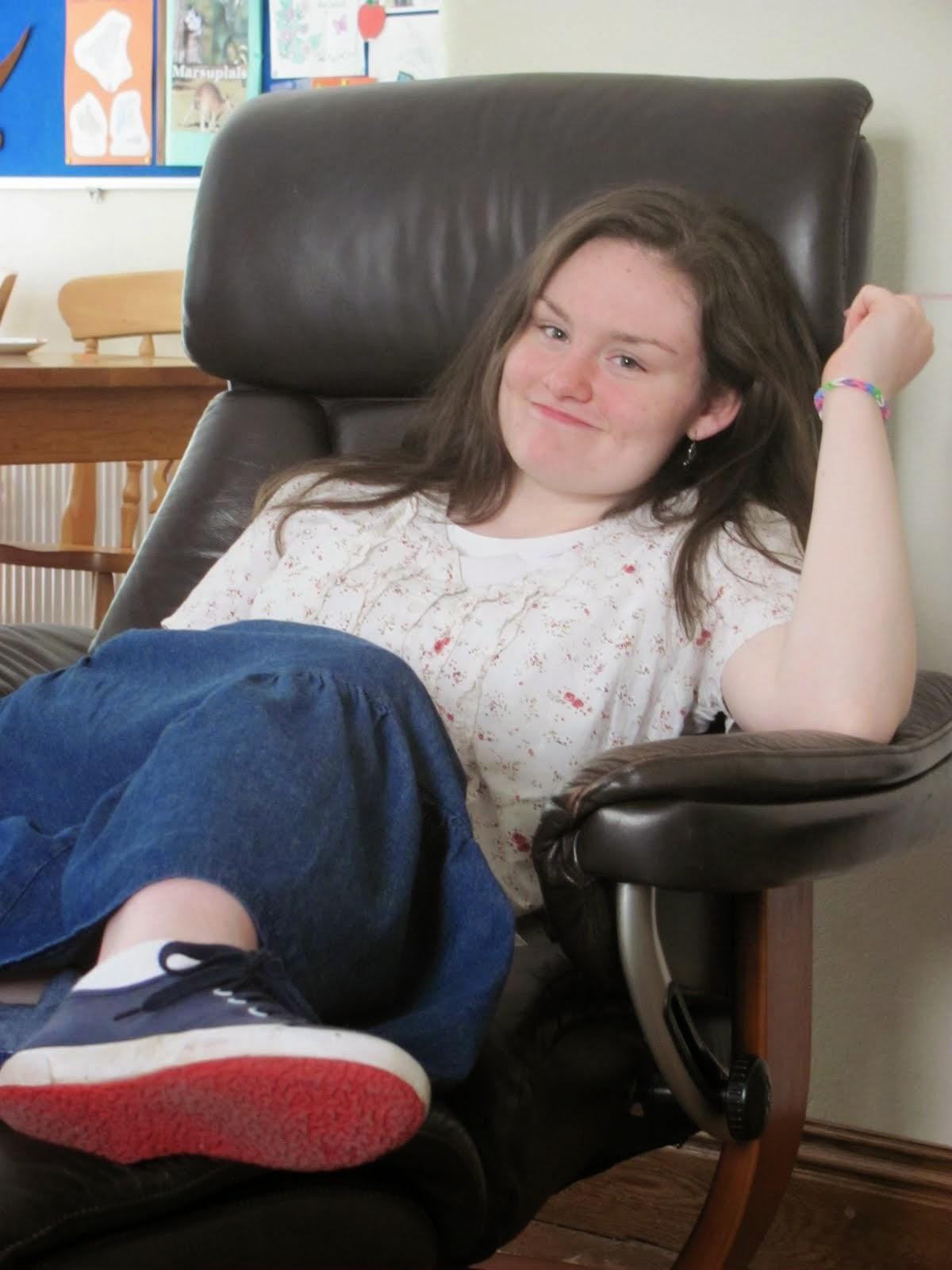 Amy (18)