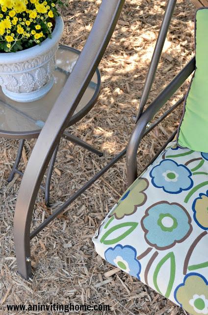 outdoor-swing-cushion