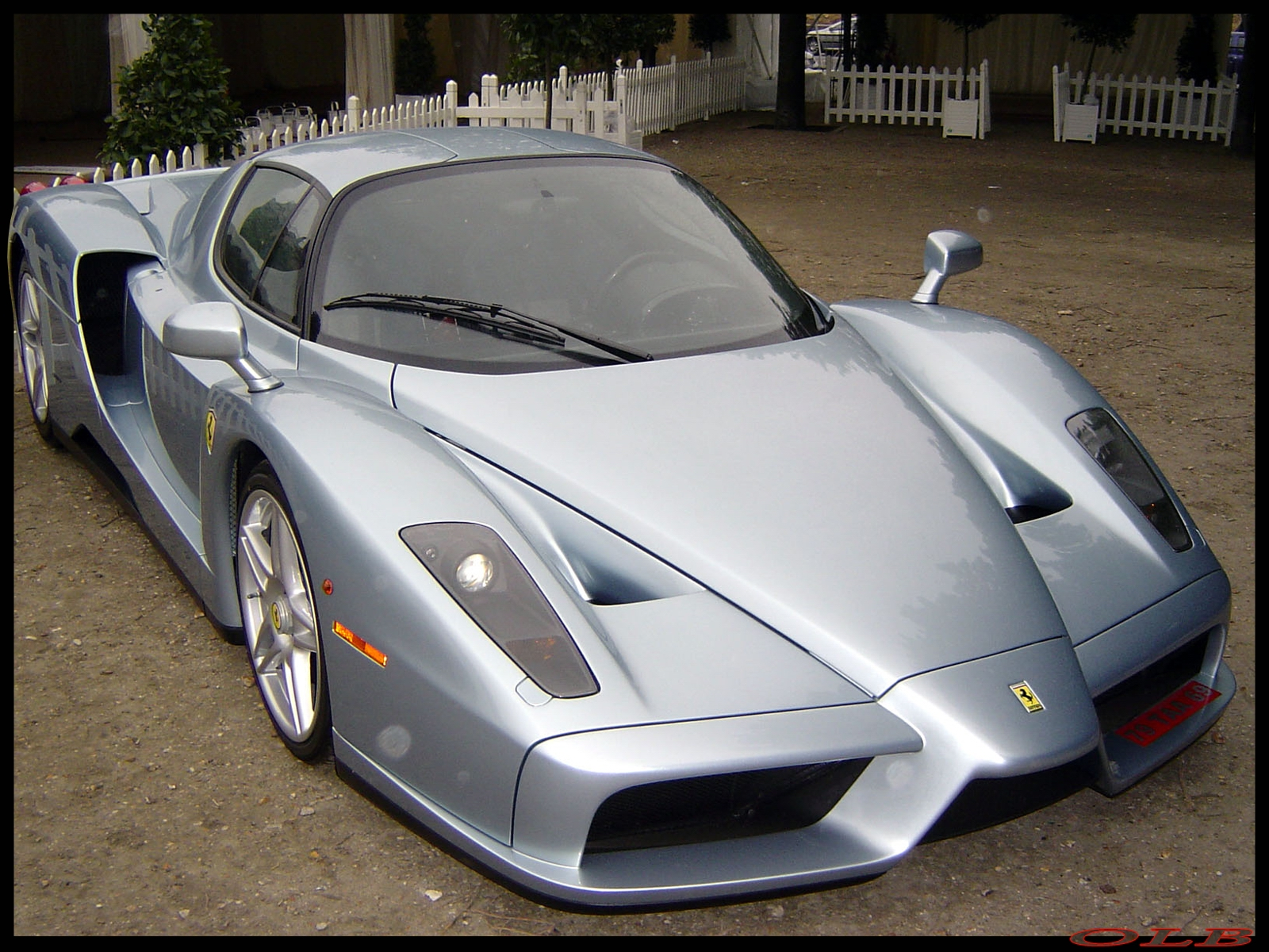 Armani Cars Ferrari Enzo 2011 Cars Cool Pictures