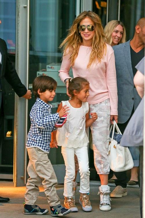 Cozy Christmas: Jennifer Lopez tells the X-Mas wish of their kids