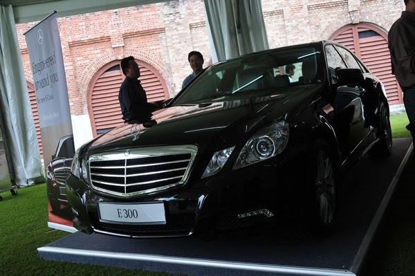 Mercedes benz target market for Mercedes benz target market