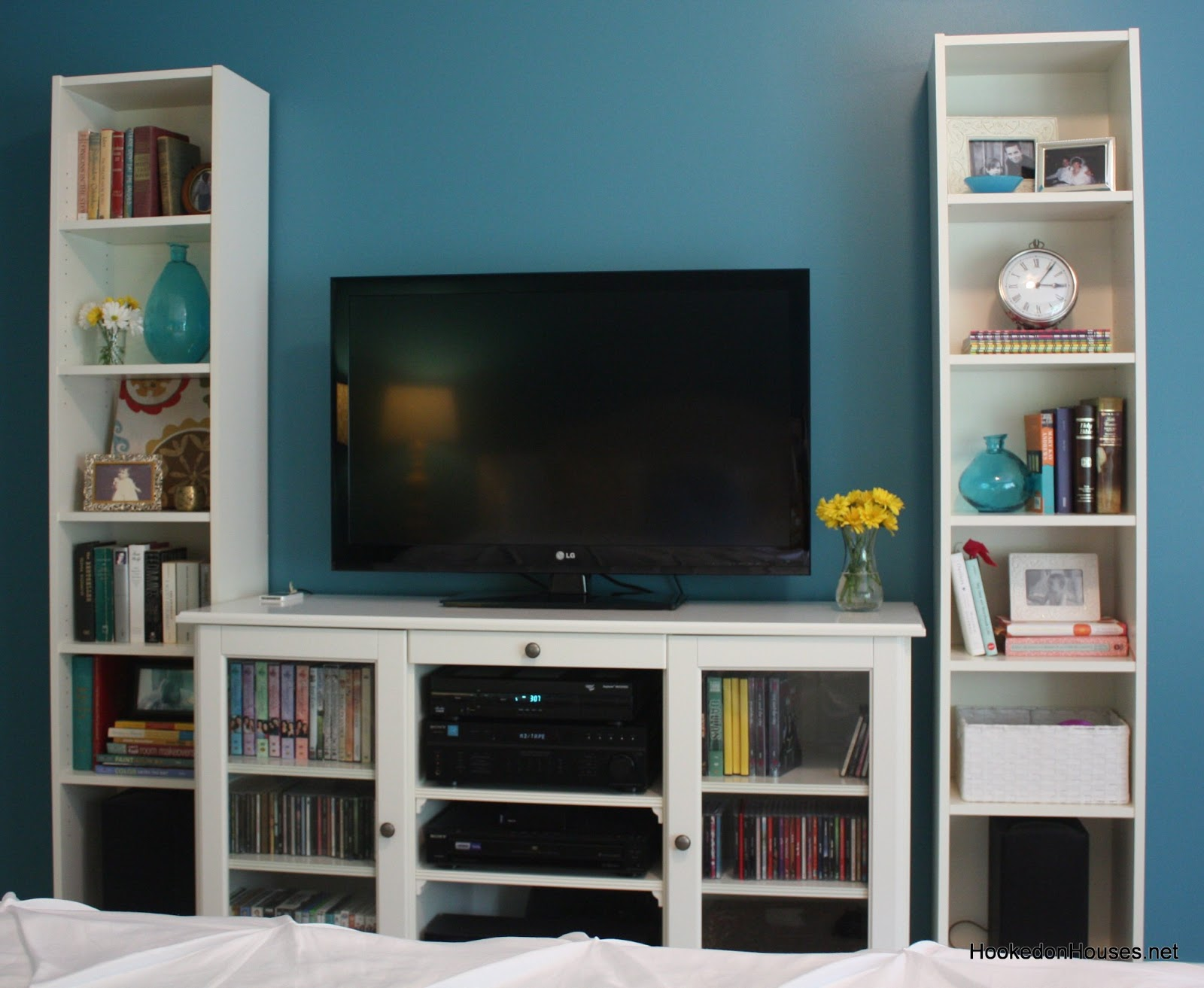 TV and Bookcase Cabinet 1600 x 1313