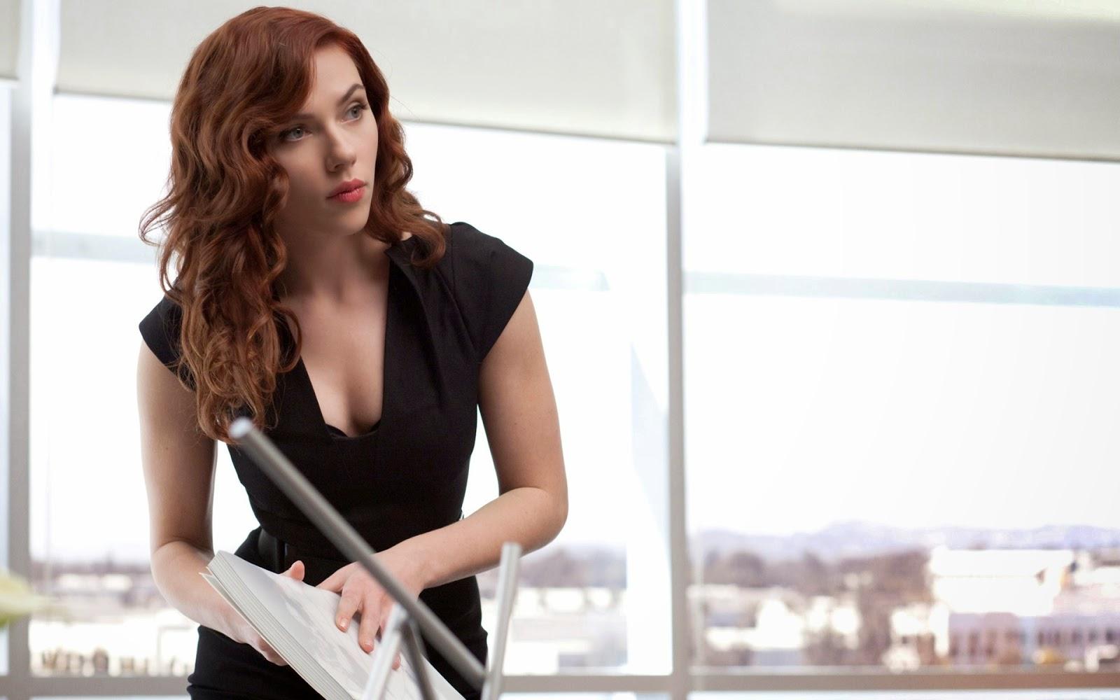 Scarlett Johansson in Iron Man 2 Photo