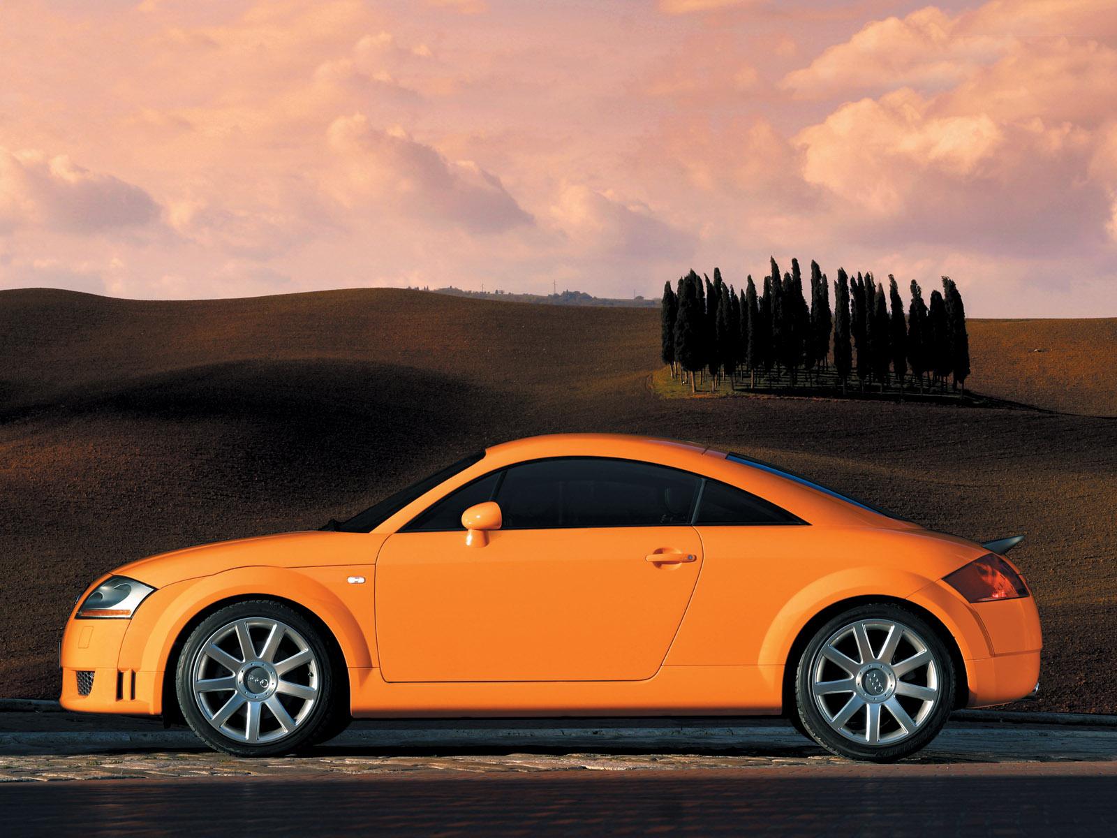 Audi TT Coupe Pics