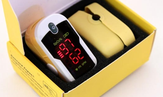 Concord Topaz Digital Finger Pulse Oximeter