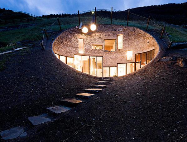 Daniel Hochuli 39 S Balmain Grind Some Amazing Underground Homes
