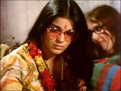 dev anand wife