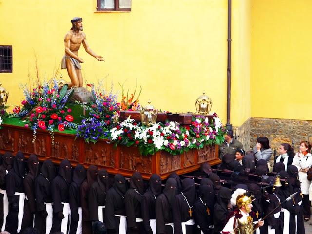 Santo Cristo del Perdón. Angel Estrada. León. Martes Santo. Foto G. Márquez.