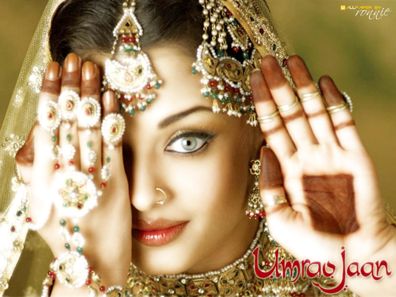 http://3.bp.blogspot.com/-wuq-BusYlhg/TpLSb-_kUDI/AAAAAAAACSs/3osDq0Is828/s1600/Aishwarya+Rai+Umrao+Jaan.jpg