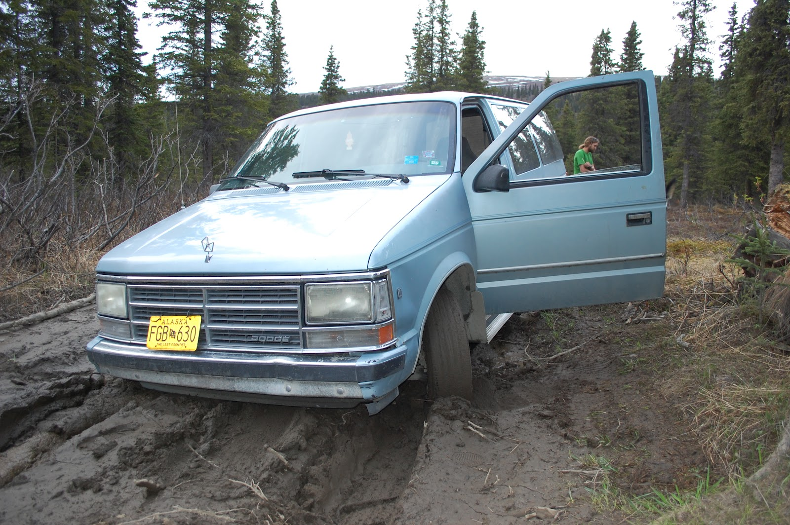 Caravan - Stuck in a Hole