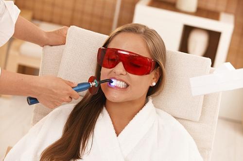 Clareamento Dental A Laser Doi