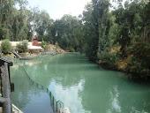 Tonalidade da água do Rio Jordão, incomparável!