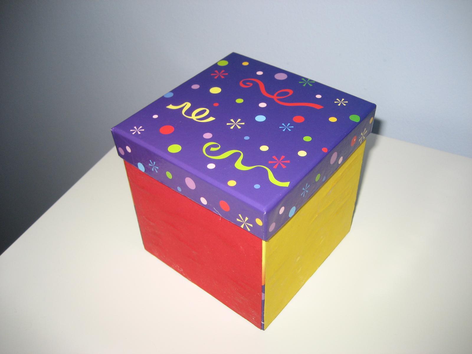 Materiales para educaci n infantil caja de colores for Caja almacenaje infantil
