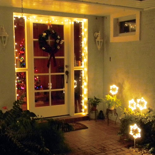Christmas-- front entrance