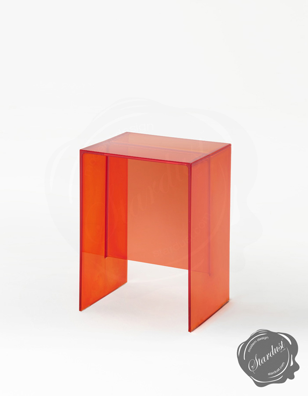 Modern bathroom stool end table kartell max beam by for Small bathroom accent tables