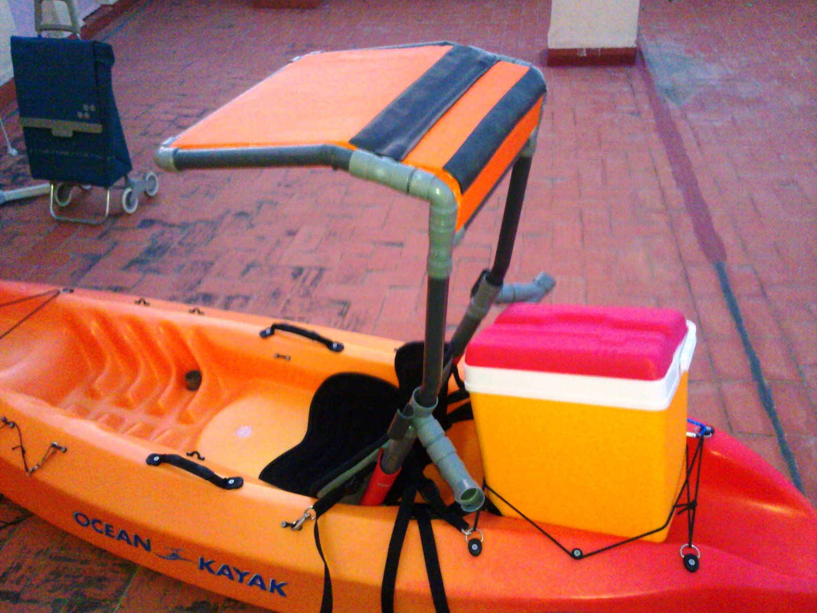 El blog de carcharinus mi primer kayak for Sillas para kayak