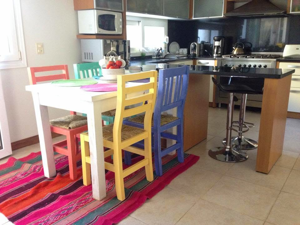 Vintouch muebles reciclados pintados a mano mesa y - Muebles de colores ...