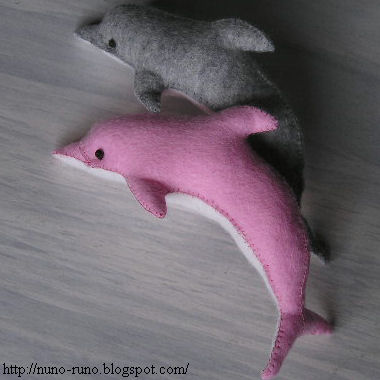Free felt patterns and tutorials free pattern beautiful plush free pattern beautiful plush felt dolphin pronofoot35fo Choice Image