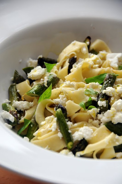Fresh Pasta with Asparagus, Goat's Cheese and Lemon - Ren ...