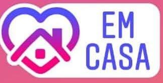 EM CASA